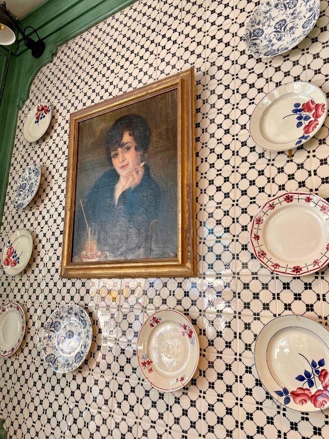 décor tableau restaurant La Petite Louise